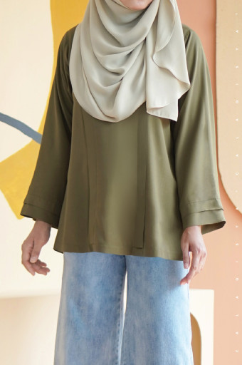 Damai Blouse In Olive Branch
