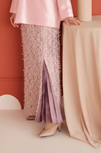 Haara Skirt in Cloud Pink