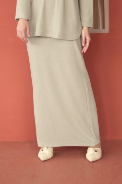 IRONLESS Comfortwear: Hope Skirt In Fog Green