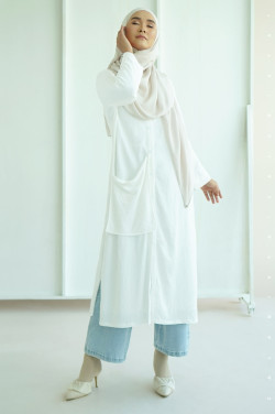Nectar Pocket Tunic In Off White