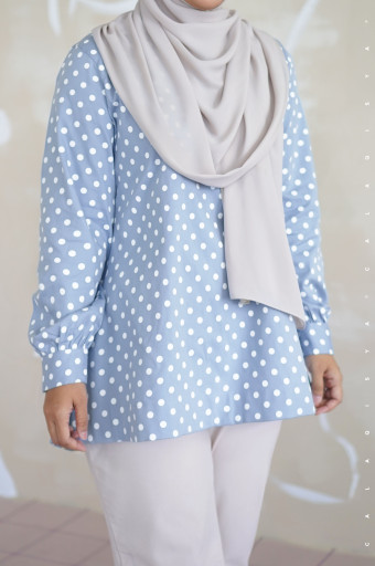 Rere Blouse In Q7