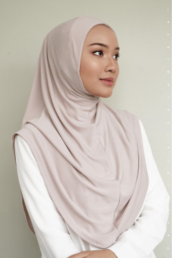 IRONLESS:  Safa Instant In Crystal Grey