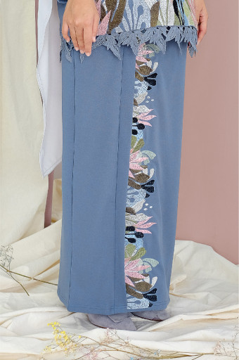 Comfortwear: Taaliya Skirt In Aegean Blue