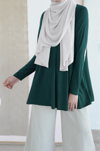 IRONLESS: Yasmeen in Emerald Green