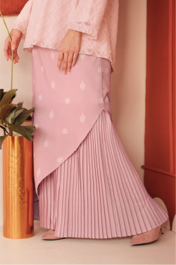 Aaman Skirt In Dusty Pink