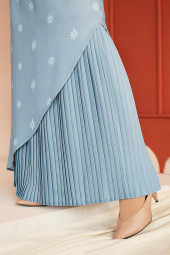 Aaman Skirt In Stone Blue