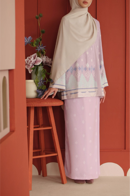 Amaan Wrap Kurong In Light Lilac