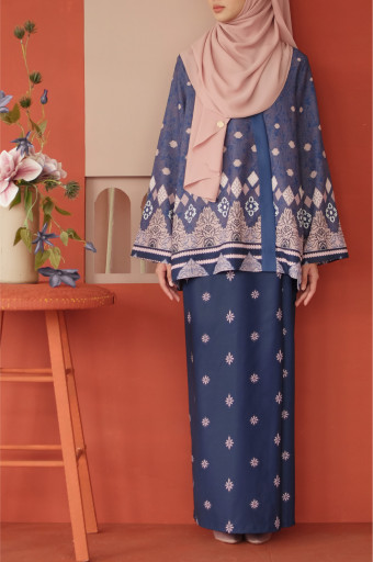 Amaan Wrap Kurong In Navy Blue