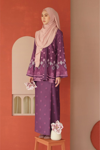 Amaan Wrap Kurong In Prune Purple