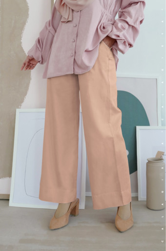 Clover Pants  In Desert Mist