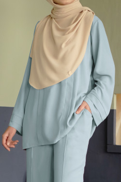 Damai Blouse In Grayed Jade