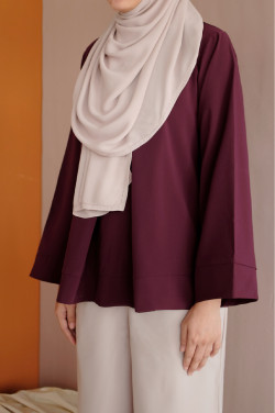 Leah Blouse In Port Royale