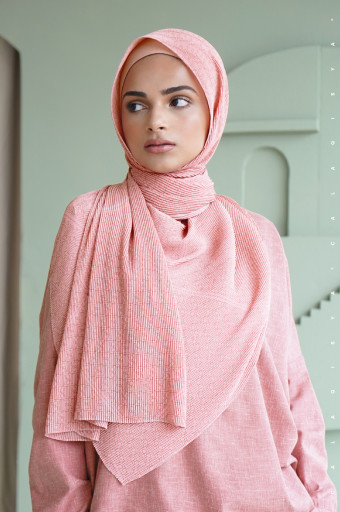 The Monogram Pleated Scarf In Pearl Blush