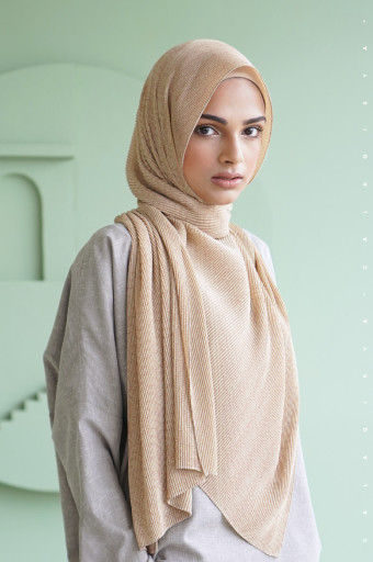 The Monogram Pleated Scarf In Sand