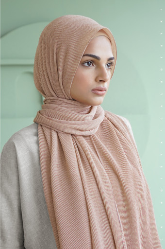 The Monogram Pleated Scarf In Vanilla