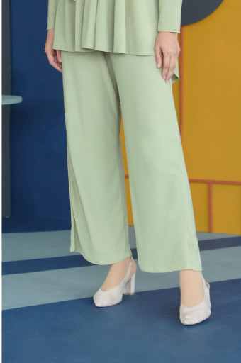 IRONLESS Nazneen Pants 3.0 In Arcadian Green
