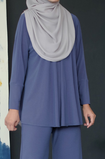 IRONLESS Nazneen Top 3.0 In Ensign Blue