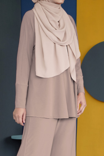 IRONLESS Nazneen Top 3.0 In Light Taupe