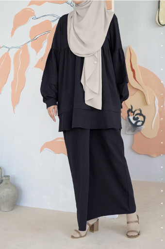 Puff Kurong In Black