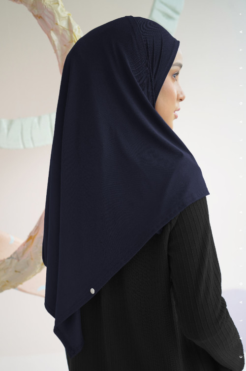 N-Free Scarf In Navy Blue