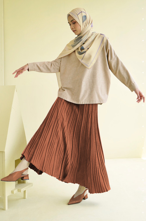 IRONLESS : ABIGAIL SKIRT IN BISCUIT